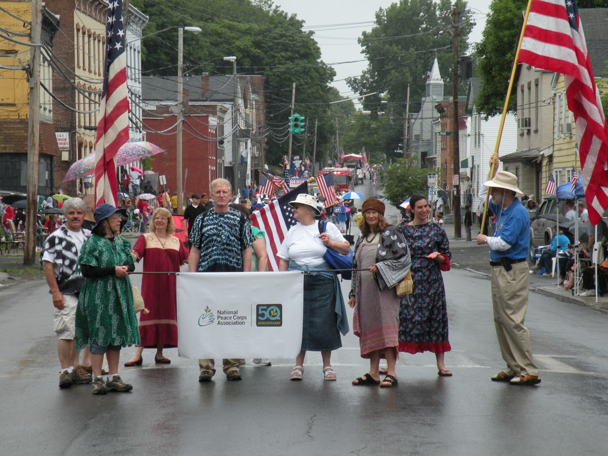 RPCVs of NENY march in the Troy Flag Day Parade